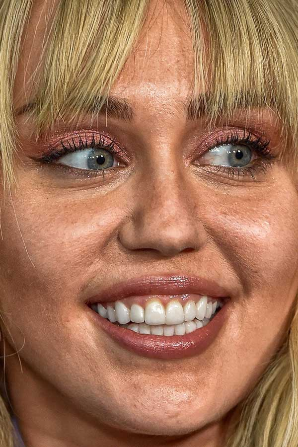 Miley Cyrus celebrity closeup